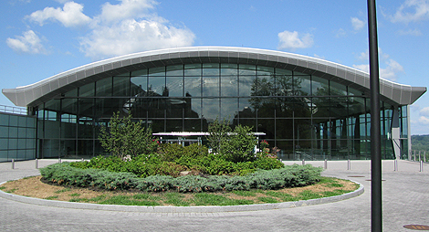 EMPAC exterior and mail entrance  (Photo: Gary Boyd)