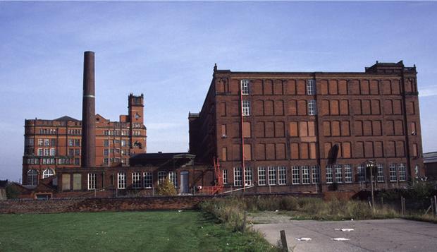Swan Lane Mills (photo: Chis Allen, source)