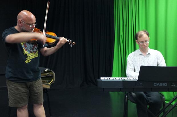 Graham Clark and Mark Johnson improvising